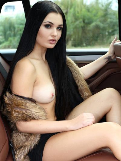 Fotos de mulheres gostosas no carro