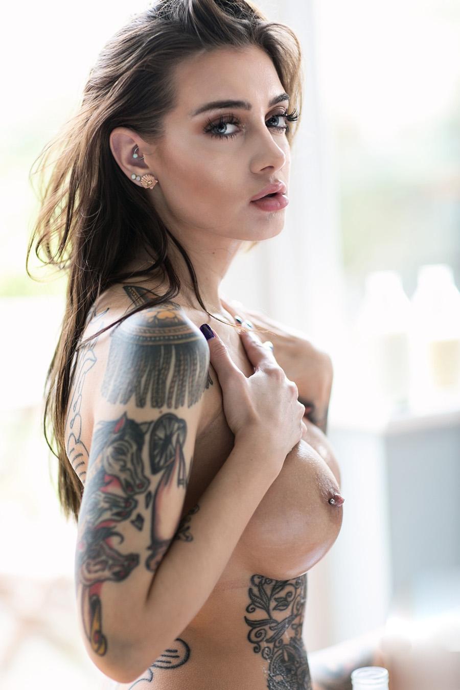fotos de Mulheres gostosas tatuadas