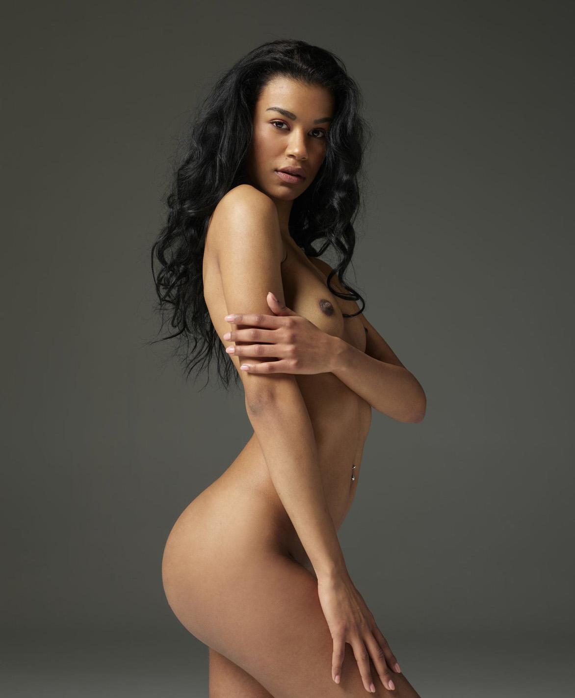 Fotos de mulheres bonitas sem roupa
