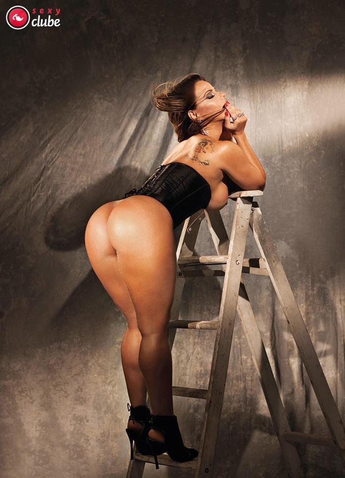 Viviane Araujo Pelada Sexy